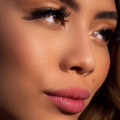 Plump Your Pucker Lip Gloss Extravagant1
